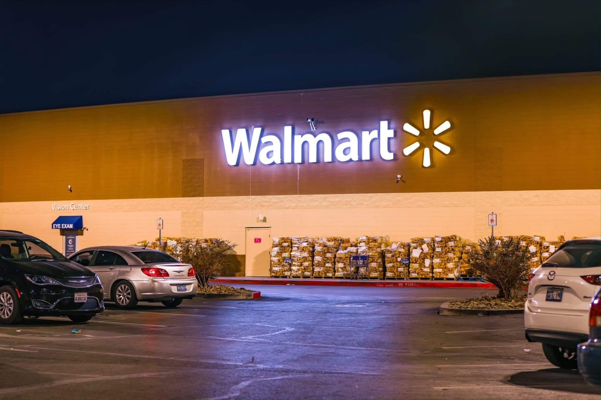 Find a Walmart That Allows Overnight Parking with RV Trip Wizard